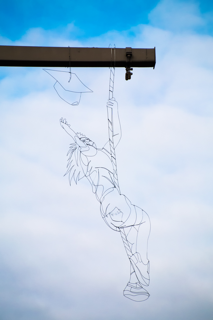 Another view of Reach, a wire sculpture by Reed Bmore in Fells Point