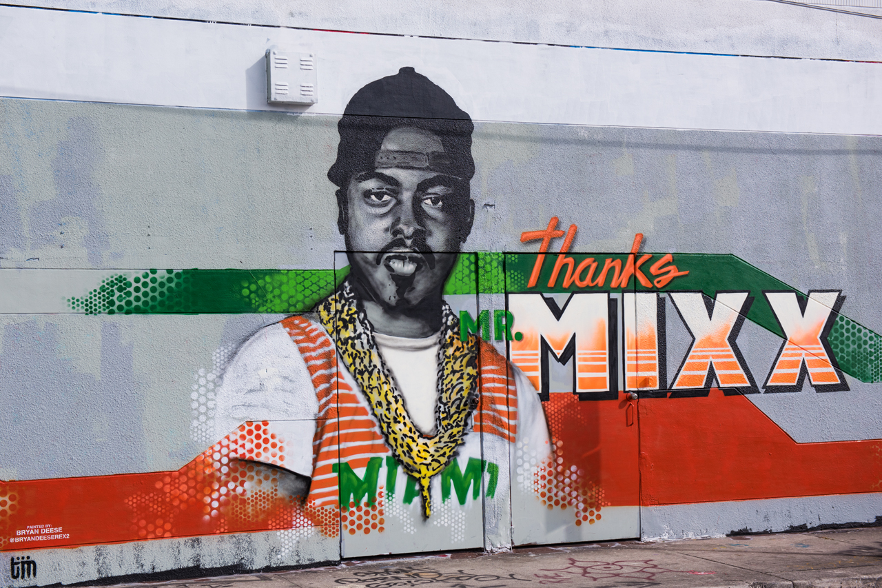 Thanks Mr Mixx - mural by Bryan Deese during Art Basel 2016