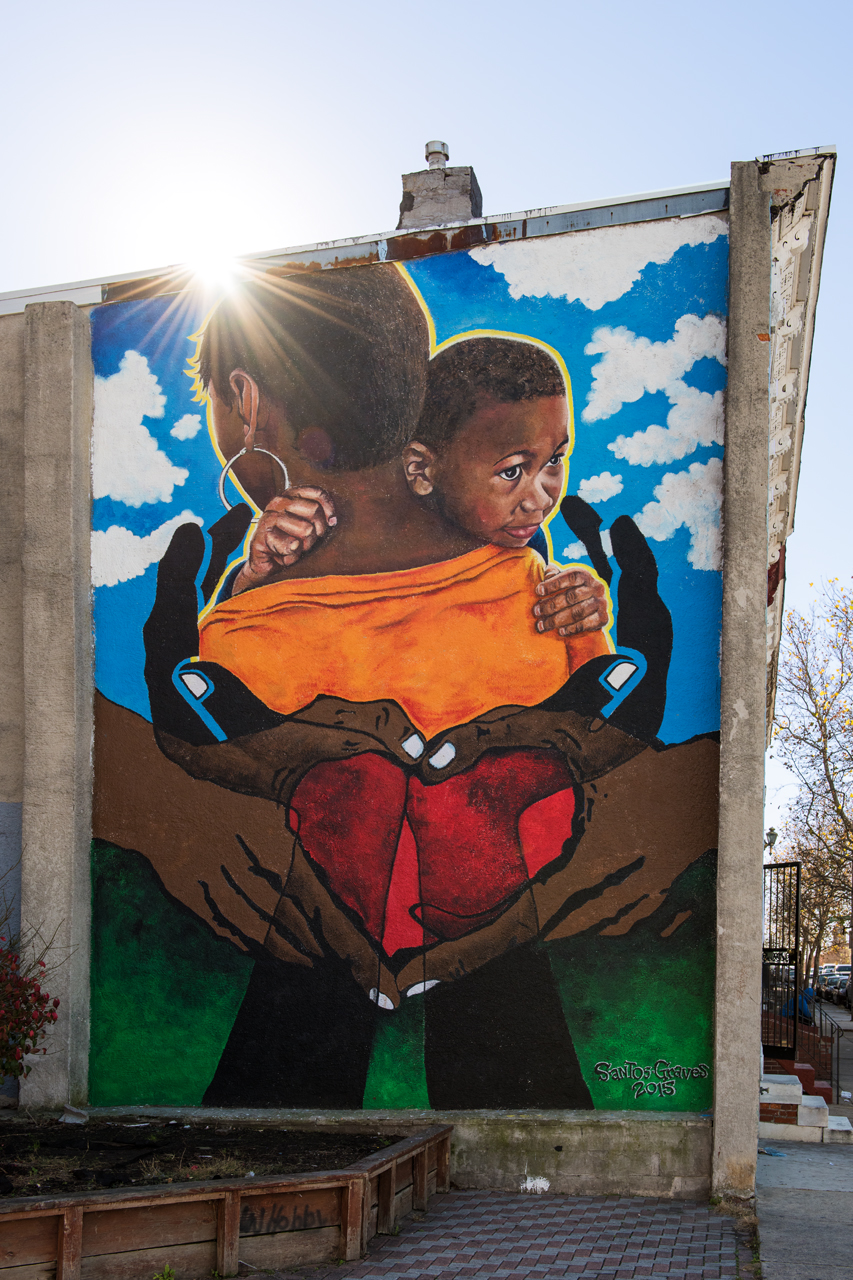Mother and child by Michelle Santos ... Eubie Blake: Sandtown Mural Project